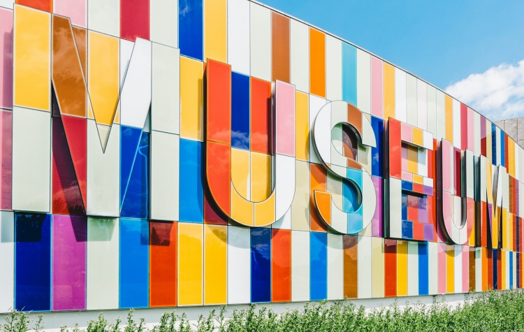 How museums are using chatbots - 5 real world examples